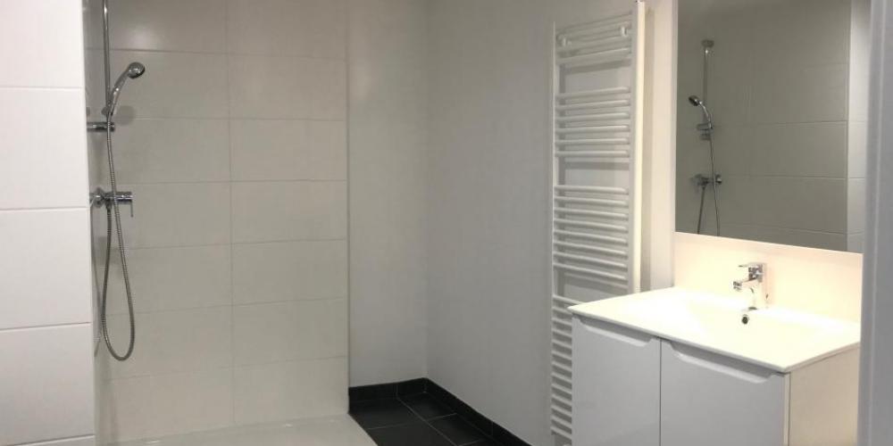salle-bains-location-amphi